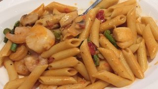 [phillygram] My entrée: Shrimp & Scallops with Penne Pasta.#explore #np #philadelphia #philly #philly215 #cityofbrotherlylove #Pennsylvania #igers_philly #phillygram #snap #phillyfoodporn #phillyfood #food #foods #foodpictures #foodie #foodpicture