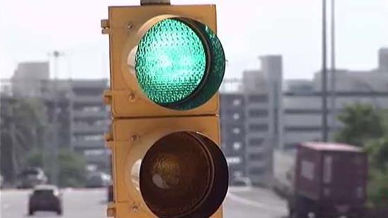 Comienzan_a_instalar_semaforos_de_balance_en_AutoExpreso.jpg