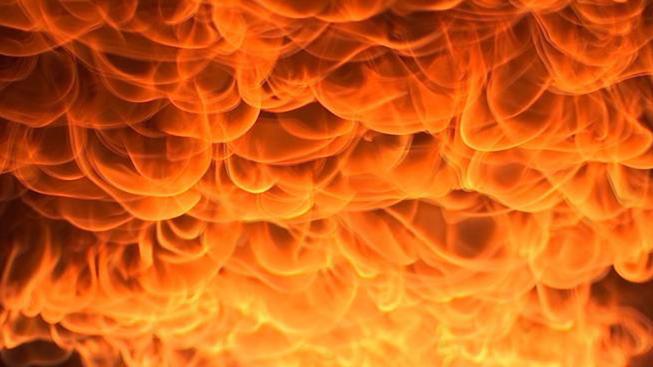 Fuego en granja