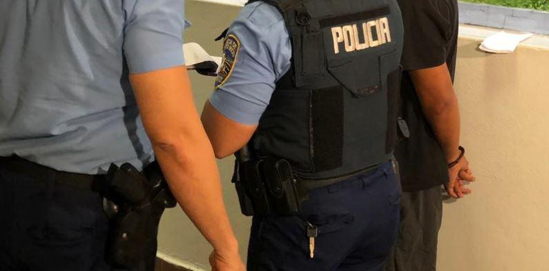 arresto_policia_35341
