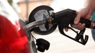 gas-pump-generic-GettyImages-979627351