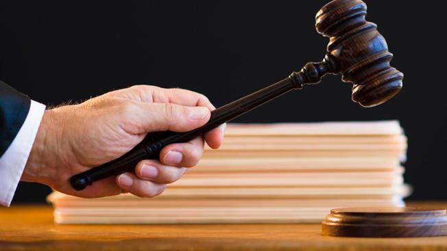 judgegenericc221