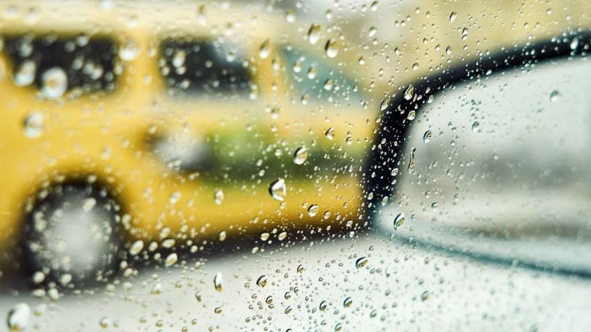 lluvia y viento