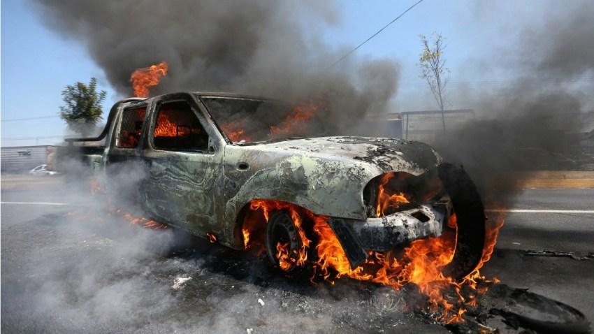 mexico-michoacan-queman-vehiculos