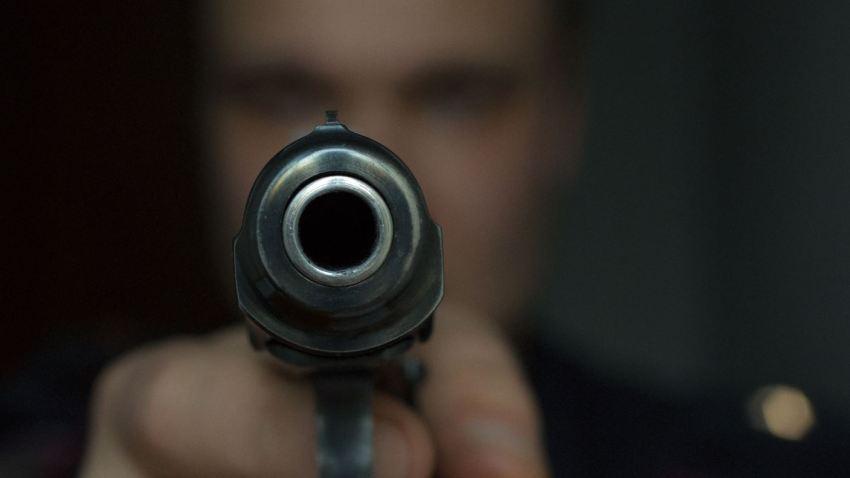 """Es víctima de """"carjacking"""" mientras hablaba por celular en Mayagüez"""