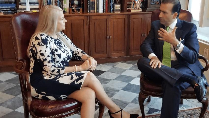 La Ejecutiva, Natalie Jaresko y José Carrión se reunirán