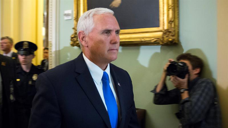tlmd-vicepresidente-mike-pence-13422274w