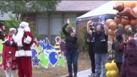 Festejan cumpleaños de niño que perdió a sus padres por COVID-19