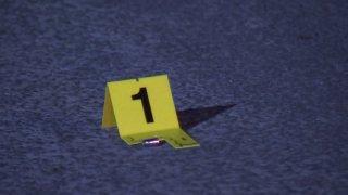 Hombre muere baleado en Antoinette Drive