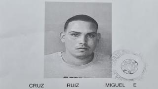 Miguel Cruz Ruiz, de 23 años, fue asesinado en el residencial Las Violetas de Vega Alta.