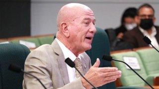 El secretario de Estado, Larry Seilhamer