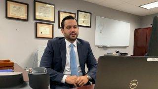 El secretario del Departamento de la Vivienda, William Rodríguez Rodríguez