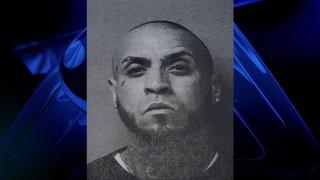 """Luis M. Ortiz Medina de 37 años, conocido como """"Tinta"""""""