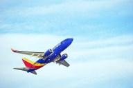 tlmd-avion-southwest-shutterstock_444362938