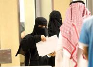 TLMD-arabia-saudi-saudita-mujeres-por-primera-vez-permitidas-entrar-a-estadio-de-futbol-EFE-636513864374896361w