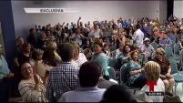 Se detuvo la asamblea durante horas y personal de Bomberos tuvo que llegar al lugar por la cantidad de personas.