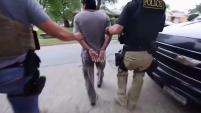 La Agencia Policial de Inmigración (ICE, por sus siglas en inglés) reveló las cifras de arrestos realizados durante el año fiscal 2018. En total fueron...