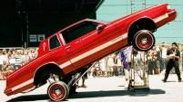 Una muestra en Londres está dedicada al auto, que marcó el siglo pasado.