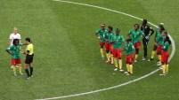 Un golazo camerunés que fue anulado tras revisión del VAR causó malestar en el equipo africano.