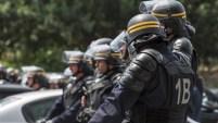 El presidente Francois Hollande fustigó el ataque y lo vinculó a ISIS.