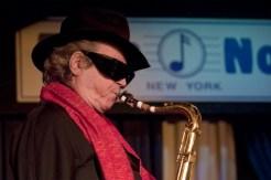 "Muere el saxofonista argentino ""Gato"" Barbieri"