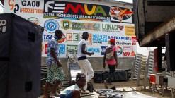 Video: Cantante muere en el escenario durante festival