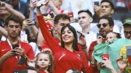 ¿Y los niños? Pillan a la novia de Cristiano Ronaldo en las gradas