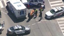 Toronto van impacta a peatones