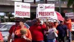Pensionados exigen se proteja la UPR