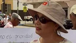 Residentes de Canóvanas protestan frente a la Alcaldía