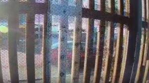 Videos revelan los puntos débiles del muro fronterizo