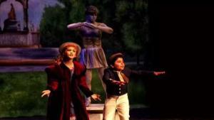 Boricuas dan vida a Mary Poppins en Texas