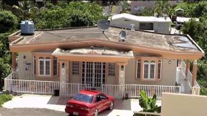 Enmascarados asesinan a mujer en Aguada