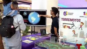 Enorme feria científica en Plaza Las Américas