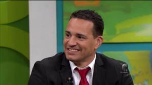 Ganador de concurso habla con José José