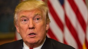 Trump no irá contra matrimonio gay y pide respeto a minorías