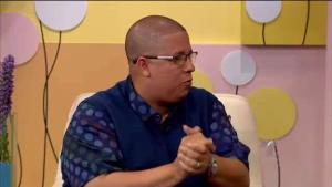 """Héctor """"El Father"""" le habla a Alexandra de su película"""