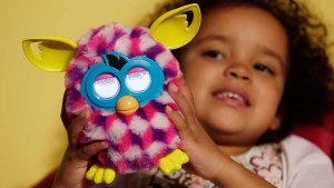 Advertencia del FBI: juguetes que pueden espiar a tu familia