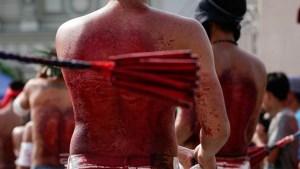 Fe con sangre: a latigazos se limpian los pecados