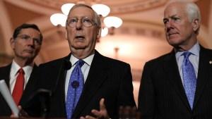 Con el gobierno paralizado, el Senado busca una solución