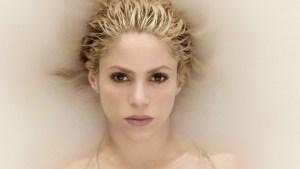 Shakira llega a EEUU para operarse y salvar su voz