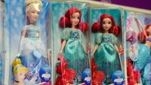Actriz prohíbe a su hija ver películas de princesas Disney