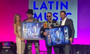 Reconocen a Wisin y Yandel previo a los Premios Billboards