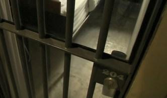Encuentran muerto a confinado en cárcel del oeste