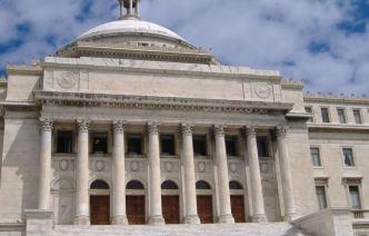 """FBI investiga empleados """"fantasmas"""" en el Capitolio"""