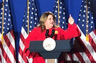 Furiosa Jenniffer González con declaraciones de FEMA