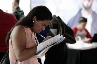 Costa Rica y Acnur lanzan programa de empleo para refugiados