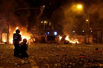 Huelgas y marchas paralizan una vez más Cataluña