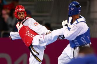 Elvis Barbosa, quinto lugar en taekwondo