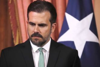Rosselló insiste en quedarse en Fortaleza